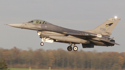 MM7239 - General Dynamics F-16A Fighting Falcon - Italy - Air Force