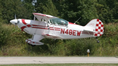 N48EW - Pitts S-2B - Private
