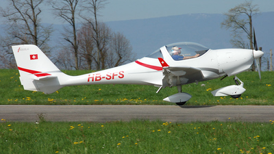 A picture of HBSFS - Aquila A210 - [AT01109] - © Mirko Bleuer