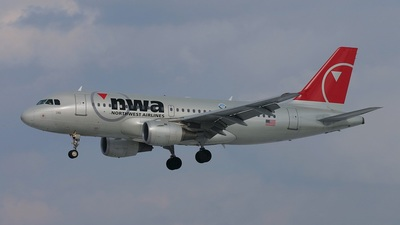N368NB - Airbus A319-114 - Northwest Airlines