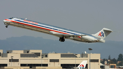 N433AA - McDonnell Douglas MD-82 - American Airlines