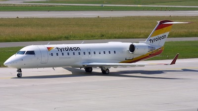 OE-LCO - Bombardier CRJ-200LR - Tyrolean Airways