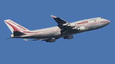 VT-AIC - Boeing 747-4B5 - Air India