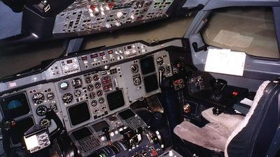 Simulator - Airbus A300B4-622R - Lufthansa Flight Training