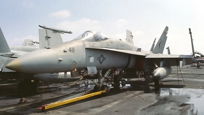 163493 - McDonnell Douglas F/A-18C Hornet - United States - US Navy (USN)