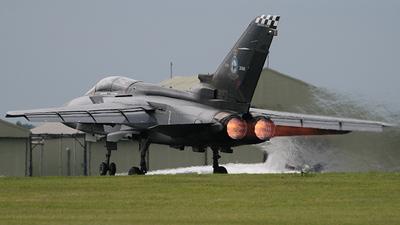 ZG757 - Panavia Tornado F.3 - United Kingdom - Royal Air Force (RAF)