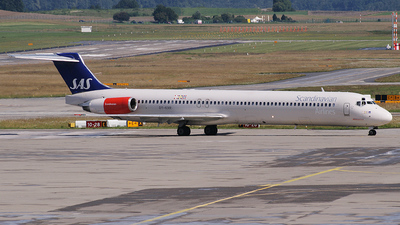 OY-KHR - McDonnell Douglas MD-82 - Scandinavian Airlines (SAS)