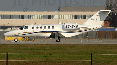 S5-BAS - Cessna 525 CitationJet 1 - Linxair