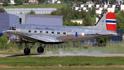 LN-WND - Douglas DC-3 - Dakota Norway
