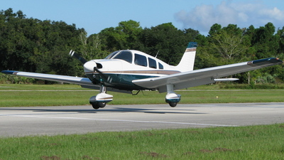 A picture of N8304D - Piper PA28181 - [288190105] - © Kevin Porter