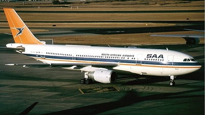 ZS-SDF - Airbus A300B4-203 - South African Airways