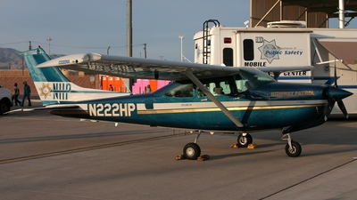 A picture of N222HP - Cessna R182 Skylane RG - [R18201881] - © Jason Nicholls - v1images