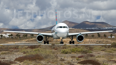 G-OOPX - Airbus A320-214 - Thomson Airways