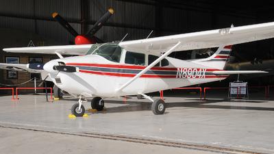 A picture of N8904X - Cessna 182D Skylane - [18253304] - © Julian Mittnacht