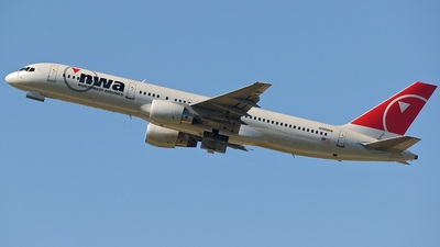 N550NW - Boeing 757-251 - Northwest Airlines