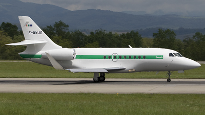 A picture of FWWJS - Dassault Falcon 2000 - [] - © Peter Bakema