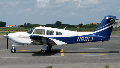A picture of N691J - Piper PA28RT201T - [28R8631003] - © HansAir