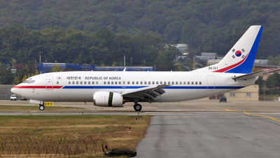 85101 - Boeing 737-3Z8 - South Korea - Air Force
