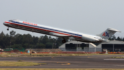 N451AA - McDonnell Douglas MD-82 - American Airlines