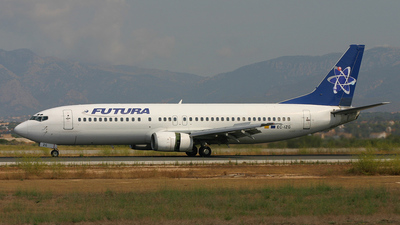 EC-IZG - Boeing 737-46J - Futura International Airways