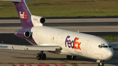 A picture of N222FE -  - [] - © Richard Koot
