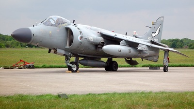 ZH800 - British Aerospace Sea Harrier F/A.2 - United Kingdom - Royal Navy