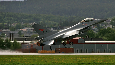 674 - General Dynamics F-16AM Fighting Falcon - Norway - Air Force