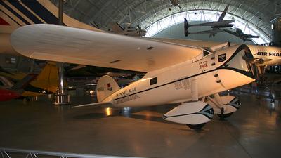 NR105W - Lockheed 5C Vega - Private