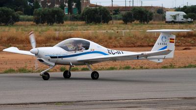 EC-IIT - Diamond DA-20-A1 Katana - Centro de Estudios Superiores de la Aviación (CESDA)