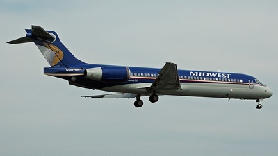 N902ME - Boeing 717-2BL - Midwest Airlines