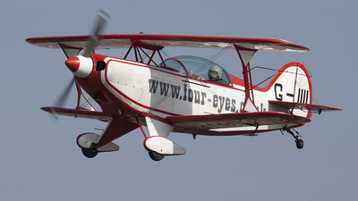 G-IIII - Pitts S-2B - Private