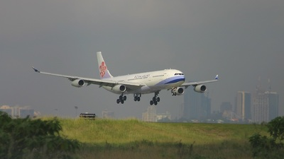 B-18851 - Airbus A340-313X - China Airlines