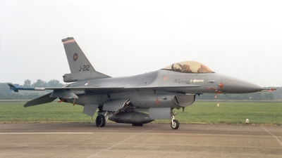 J-212 - General Dynamics F-16A Fighting Falcon - Netherlands - Royal Air Force