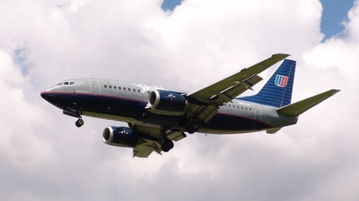 N931UA - Boeing 737-522 - Shuttle by United