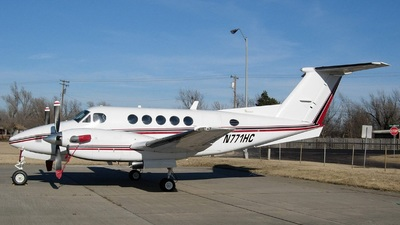 N771HC - Beechcraft 200 Super King Air - Advance Food Company