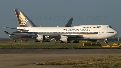 9V-SMJ - Boeing 747-412 - Singapore Airlines