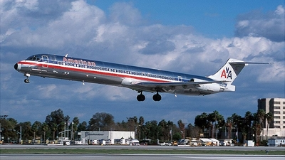 N461AA - McDonnell Douglas MD-82 - American Airlines