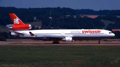 HB-IWN - McDonnell Douglas MD-11 - Swissair Asia