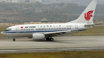 B-5037 - Boeing 737-66N - Air China