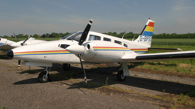 G-BPXX - Piper PA-34-200T Seneca II - Private