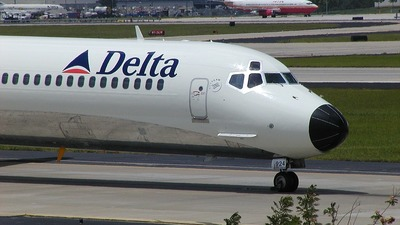 N924DL - McDonnell Douglas MD-88 - Delta Air Lines