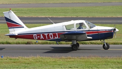 A picture of GATOJ - Piper PA28140 - [2821584] - © Ian Howat