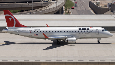 N614CZ - Embraer 170-200LR - Northwest Airlink (Compass Airlines)