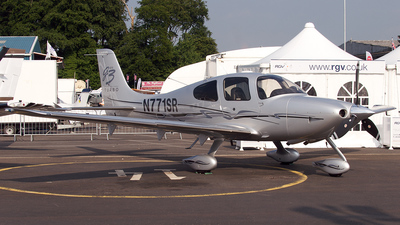 A picture of N771SR - Cirrus SR22 - [2771] - © Christopher Ashley