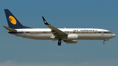 VT-JGF - Boeing 737-8FH - Jet Airways