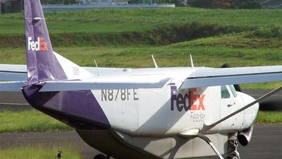 A picture of N878FE - Cessna 208B Super Cargomaster - FedEx - © Gauthier Bonnet