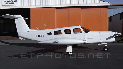 A picture of IRAMT - Piper PA32RT300T Turbo Lance 2 - [32R7887054] - © roberto