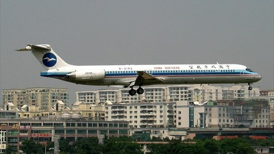 B-2142 - McDonnell Douglas MD-82 - China Northern Airlines
