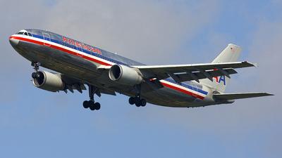 N14077 - Airbus A300B4-605R - American Airlines