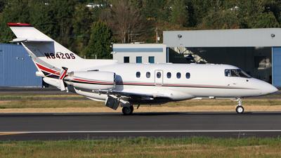 N842QS - Raytheon Hawker 800XP - NetJets Aviation
